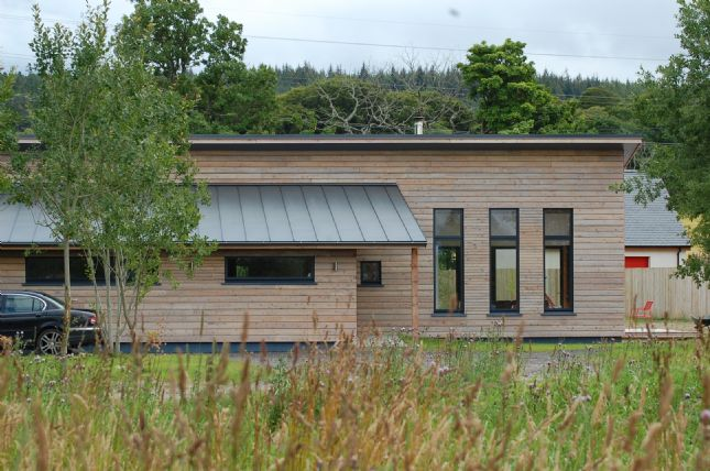 Scottish larch clad house in Inverness-shire2